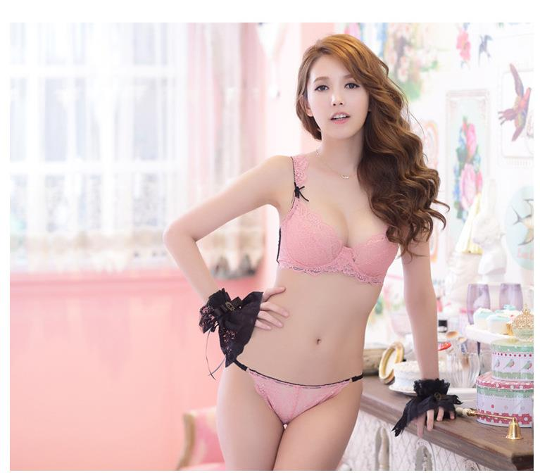 00072 Korean Style Embroidery Lace Push Up Bra Set