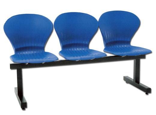 06 3-Seater Link Chair