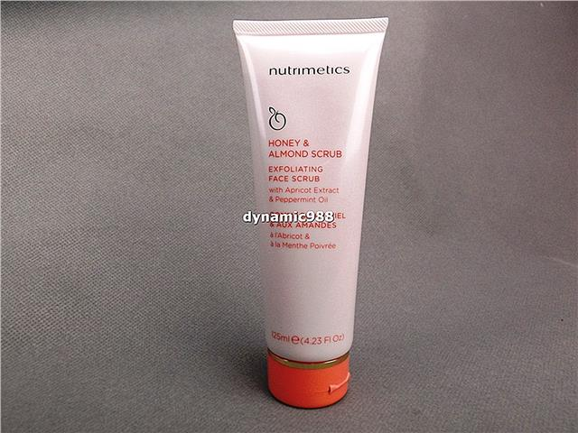 1 x New Nutrimetics Honey & Almond Exfoliating Face Scrub 125ml Skin C