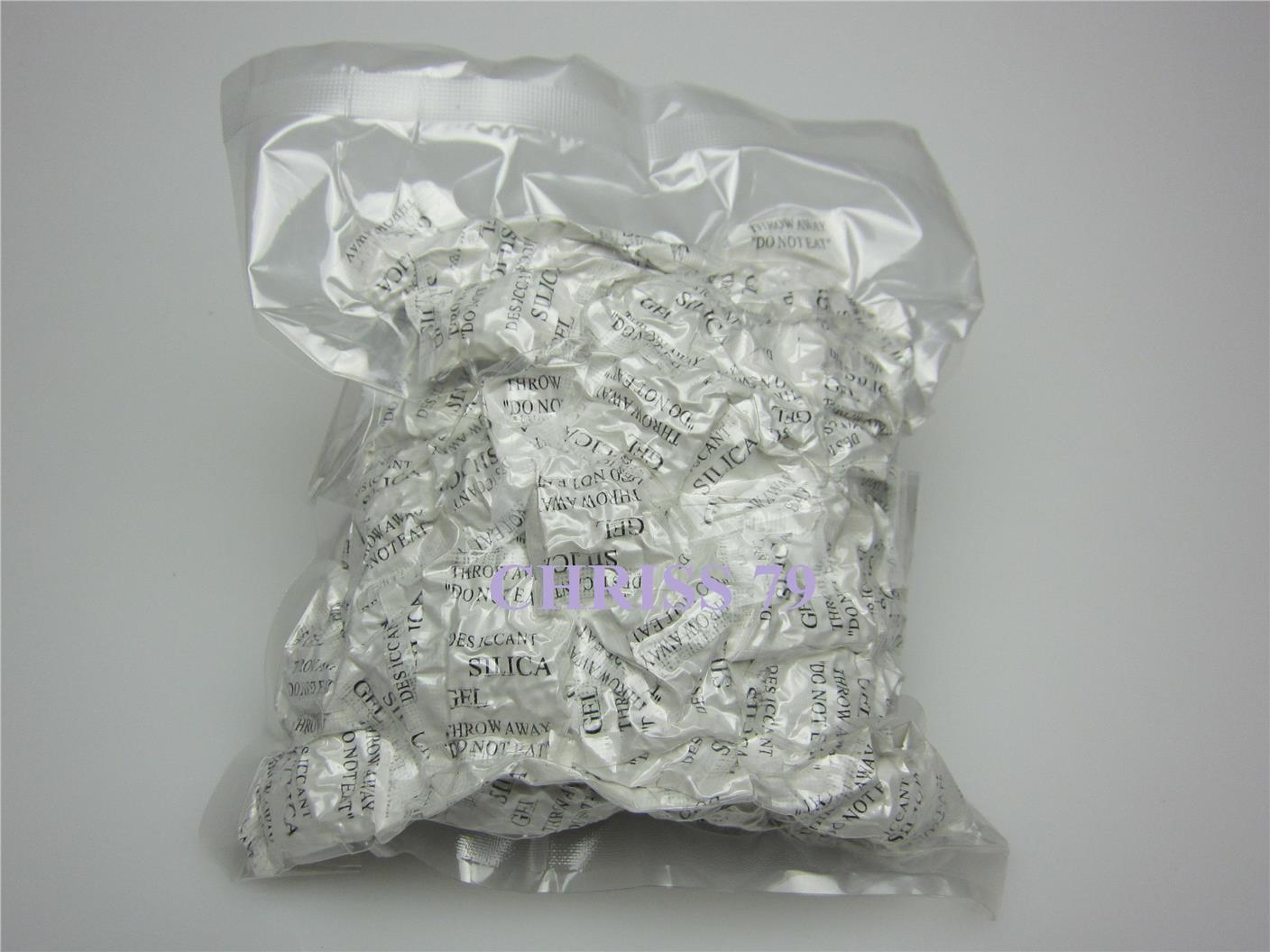 100 Pcs X 1GM SILICA GEL PACKED IN VACUUM PACK