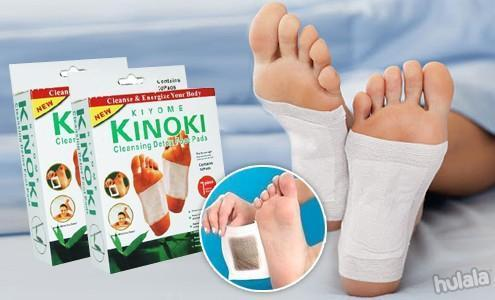 10pcs of Kinoki Detox Foot Patch.