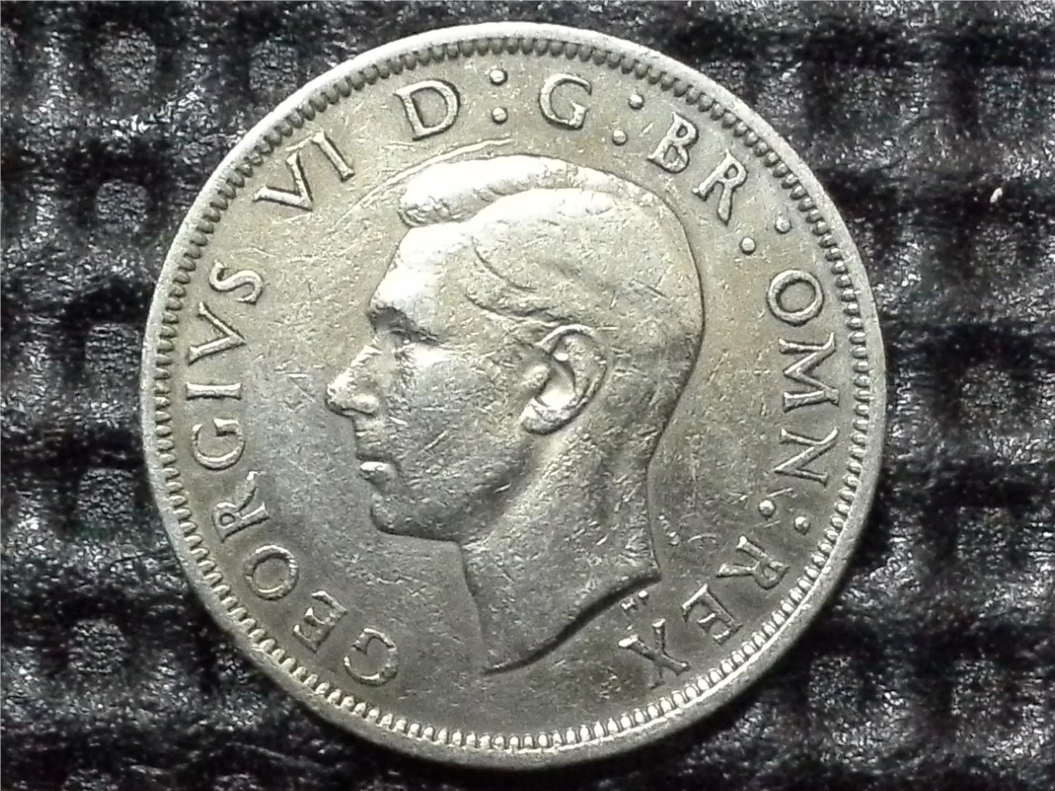 1949 GREAT BRITAIN KGVI HALF CROWN LARGE COIN 32mm