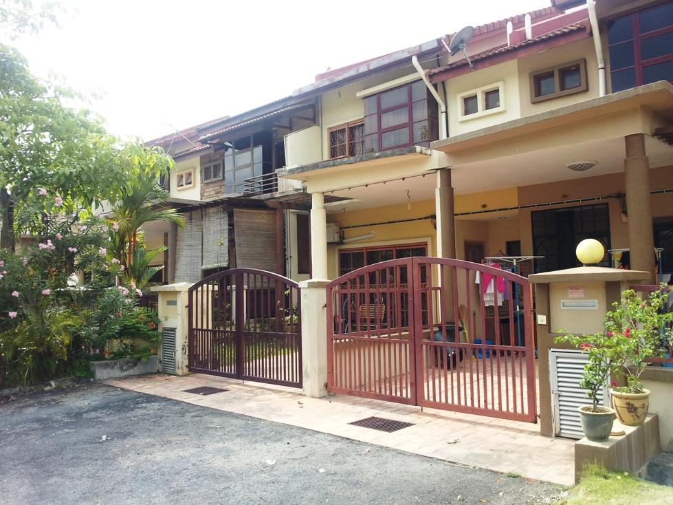 2 storey freehold intermediate house for sale, puc