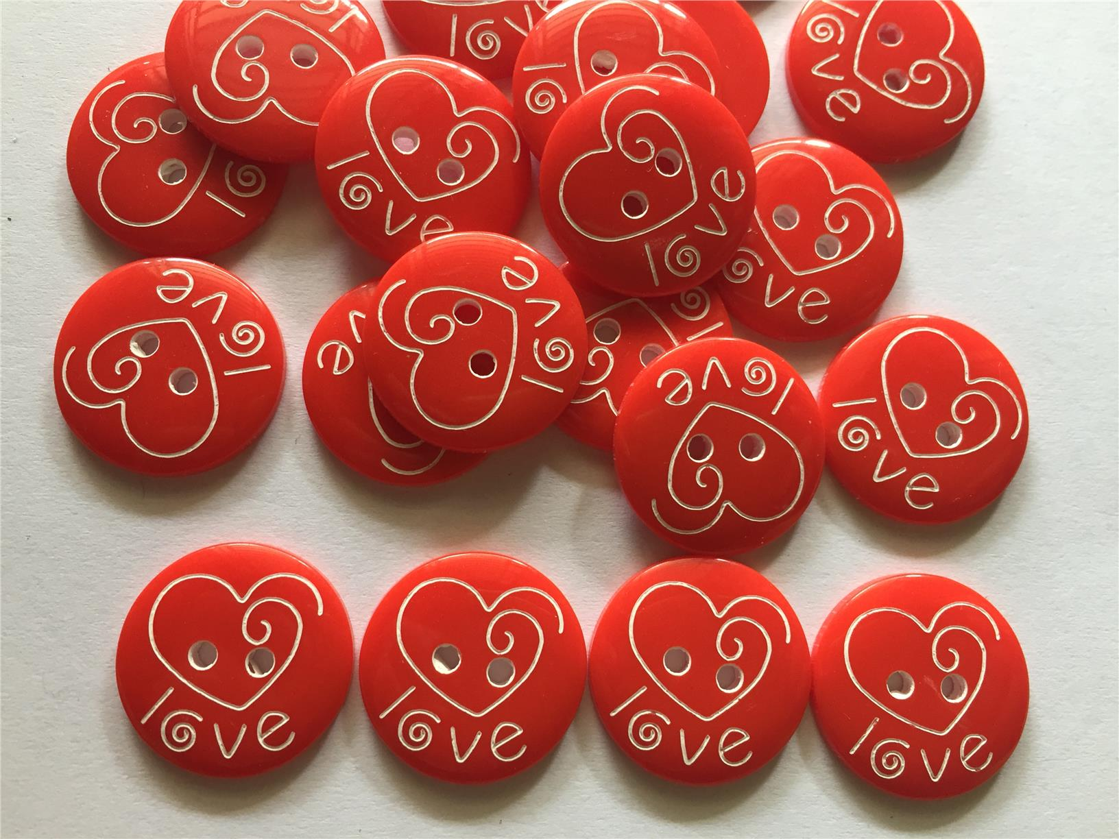 26 pcs Red heart love laser carved buttons size 18 mm