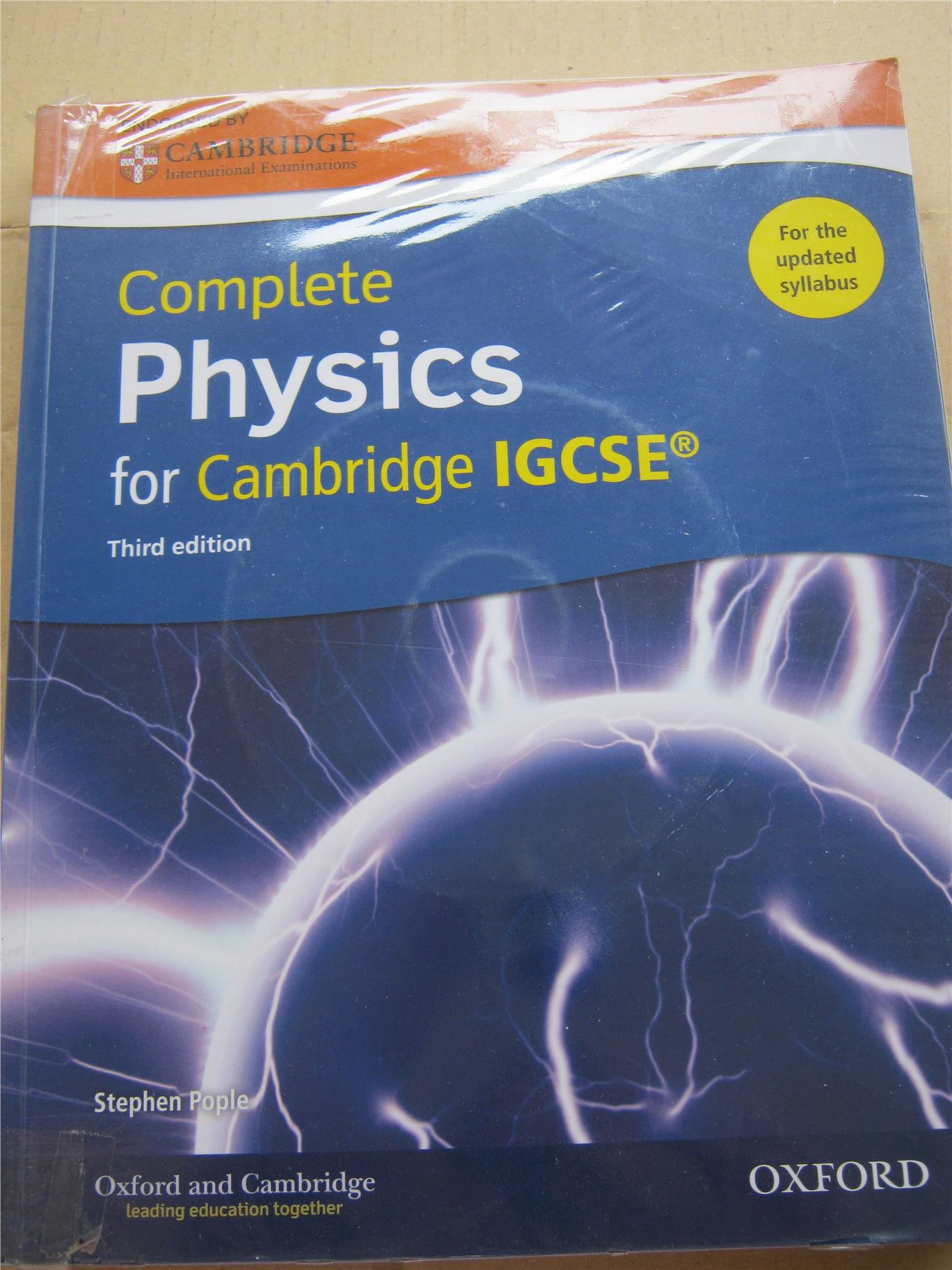 2nd hand: Complete Physics for Cambridge IGCSE ISBN: 9780198308713