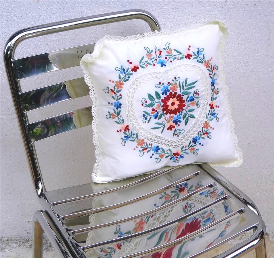 2pcs Embroidered cushion covers #HRT