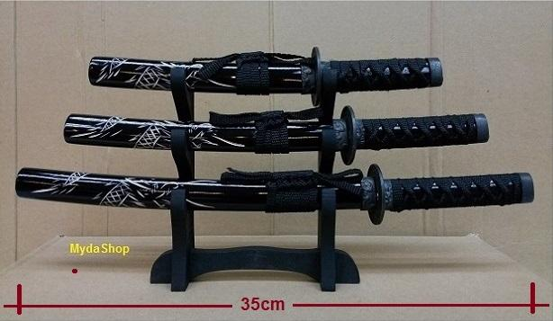 3 Medium Samurai Sword Display. Pedang Hiasan
