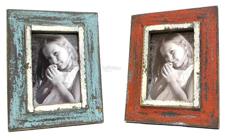 3R Retro Style Wooden Photo Frame - Home Decoration Photo Frame