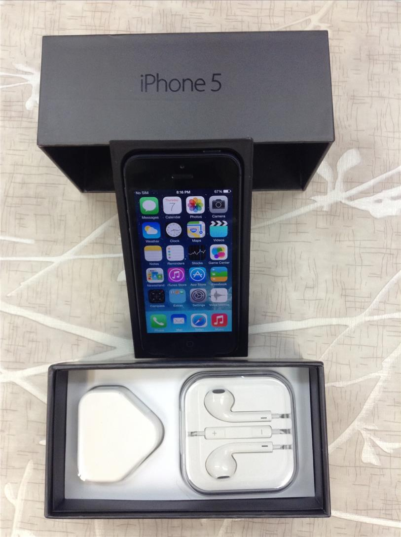 ★Apple iPhone 5 64GB Full Set