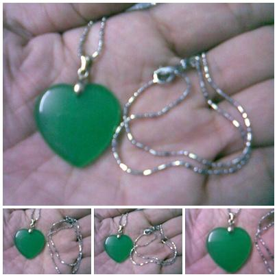 ABPJ-H008 Green Jade Heart Shape Love Pendant Necklace - 25x34mm