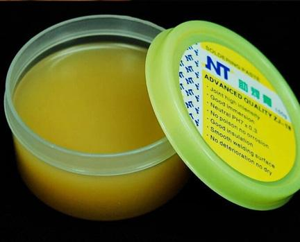 Advanced Quality ZJ-18 Soldering Solder Flux Paste 50g New