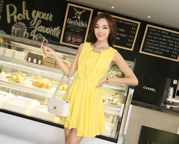 Afternoon Tea Collection ~ Yellow Pleating Sleeveless Dress