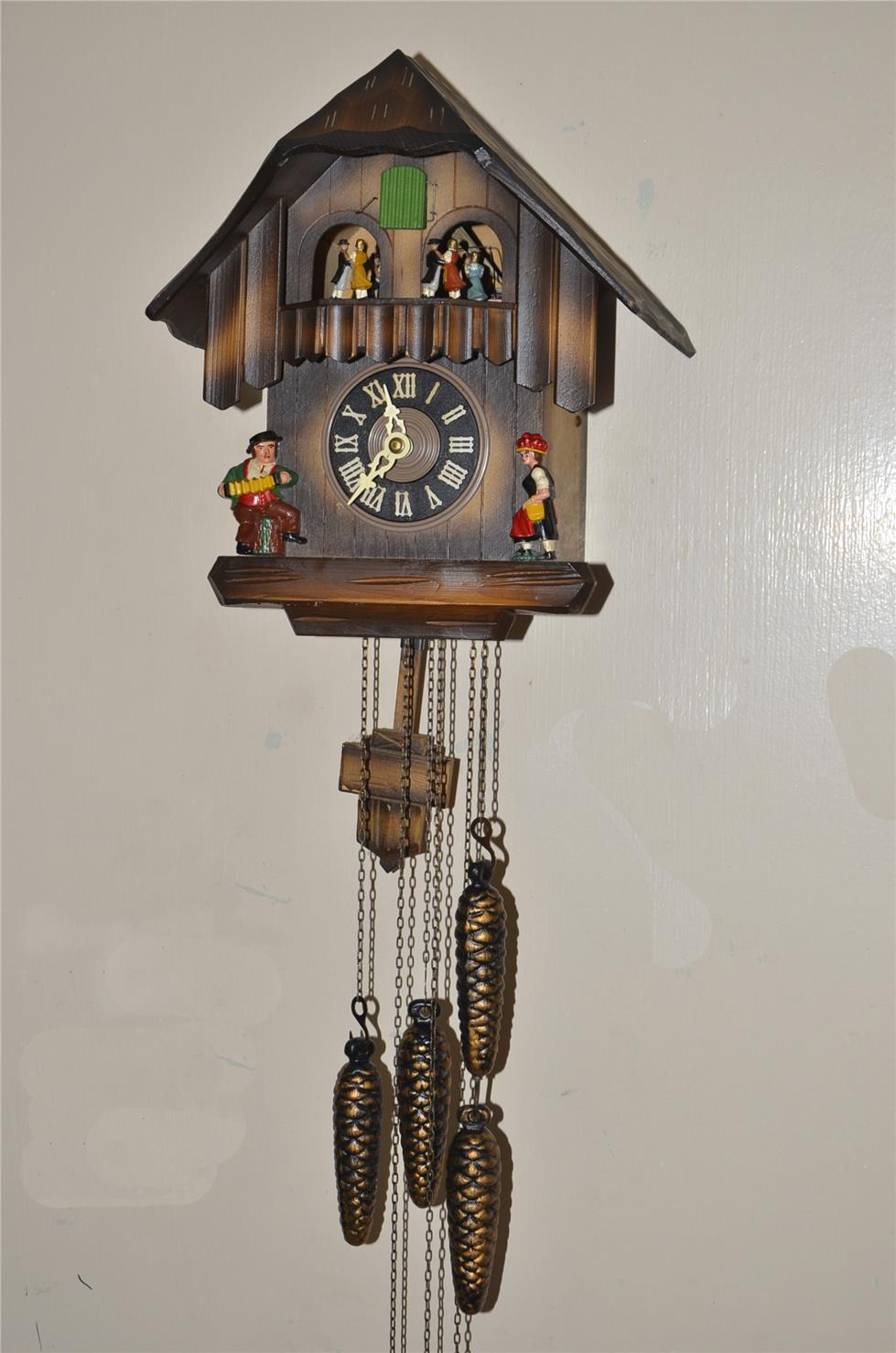 Antique vintage mechanical pendulum cuckoo wall cl end 2 28 2016 2 15 00 pm - Cuckoo pendulum wall clock ...