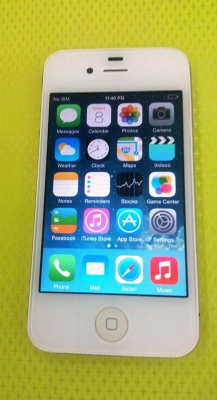 Apple iPhone 4 , 16 GB