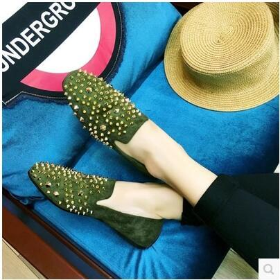 New arrival European rivet pointed casual flat sandal