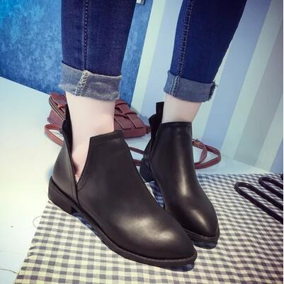 New arrival side V pointed retro low heel flat martin boot
