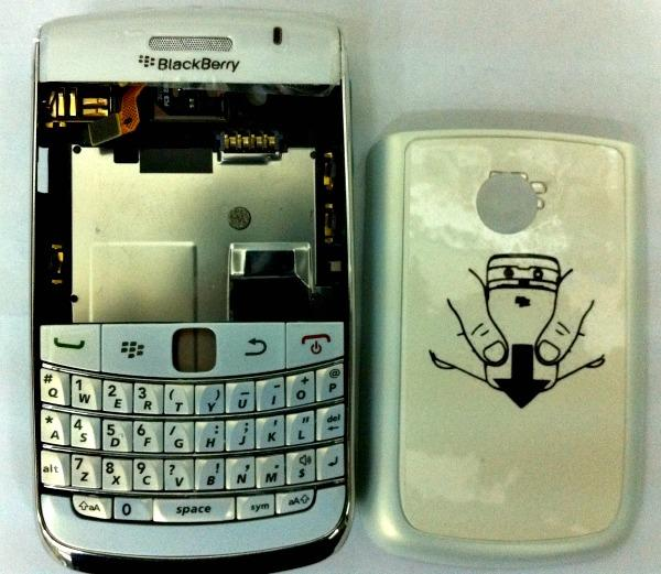 BB BlackBerry Bold 2 9700 White Housing Sparepart Repair Service bold II