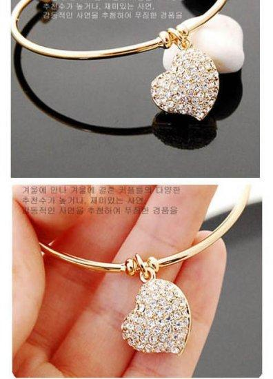 **BeautyMyth** Delicate Shinning Love Bangle ~ Silver/ Gold