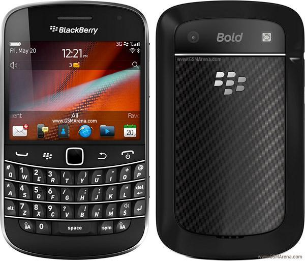 BlackBerry BOLD touch 9900 - black & white available today ready stock..