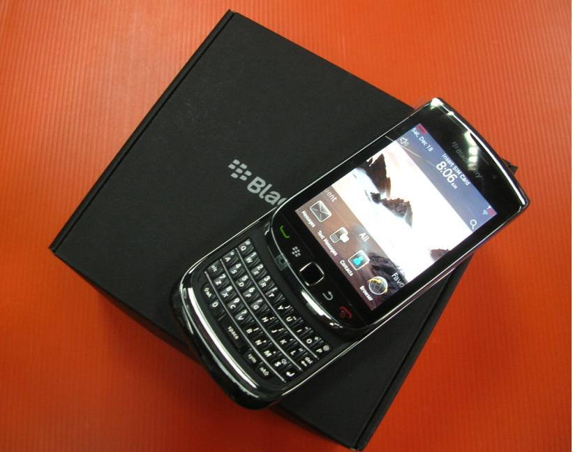 http://76.my/Malaysia/blackberry-torch-9800-brand-rm1599-free-case-protector-1104-12-ETRADE2U@11.jpg