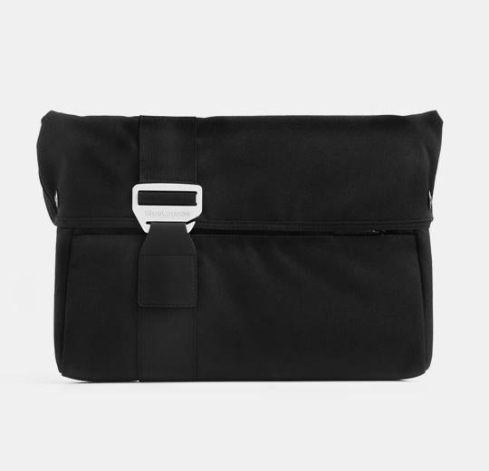"blueLounge Laptop Sleeve for McBook Pro 15"" - 17"" - Black"