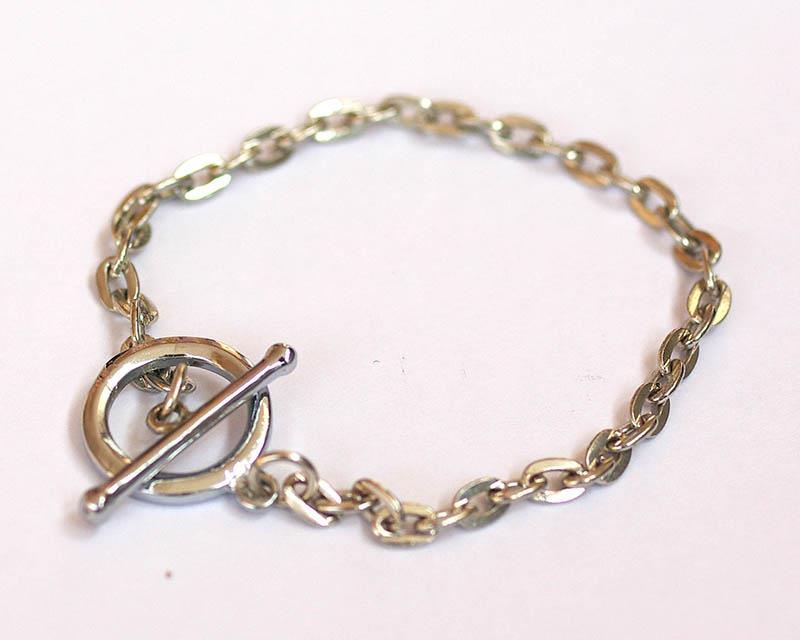 bracelet chain with toggle clasp, about 6 inches in length