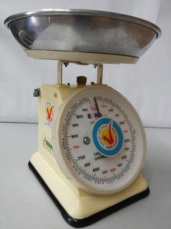 Branded Plastic Spring Weighing Scale 1kg, 2kg