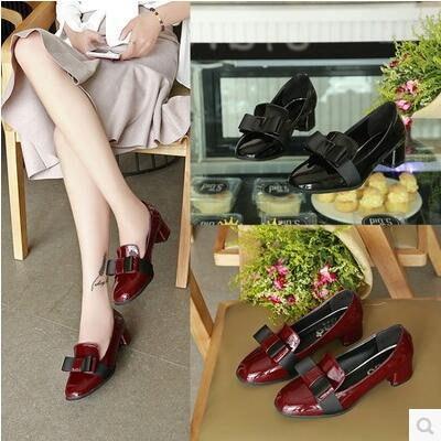 British college wind rosette enamel leather thick heel sandal