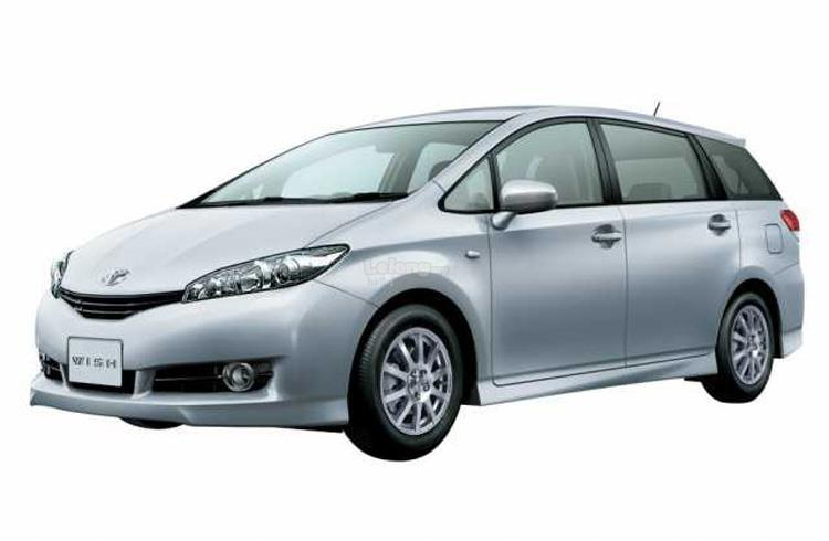 Car for Rent - Toyota Wish (Model 2016)