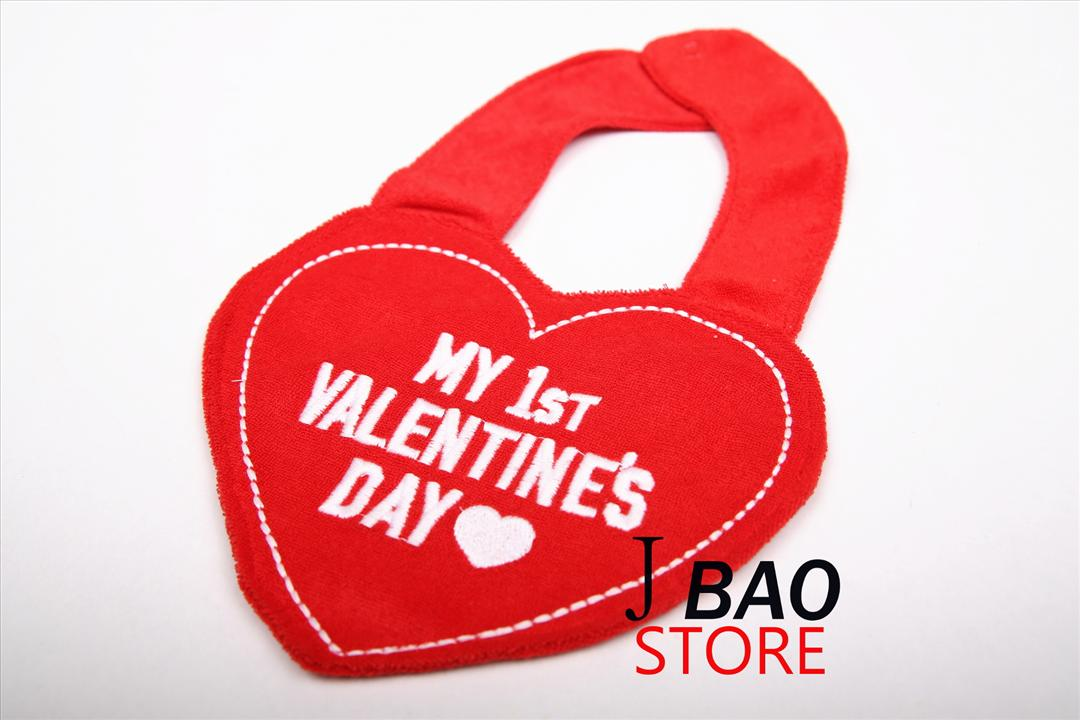 Carter's Valentine Design Waterproof Baby Bibs