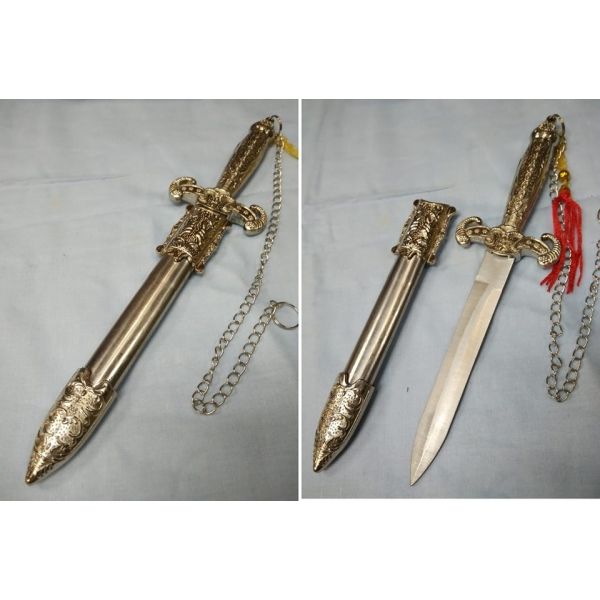 **CELLY**615 SILVER MONGOLIA KNIFE (C-R8)
