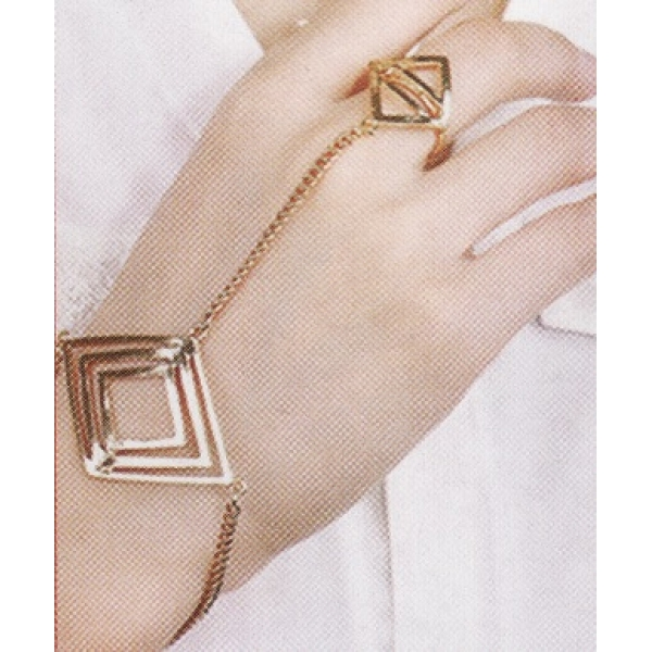 **CELLY** BRACELET CHAIN WITH RING