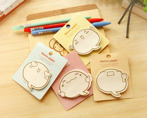 Cute Emoji Sticky Memo Pad (1 set- 4 types)