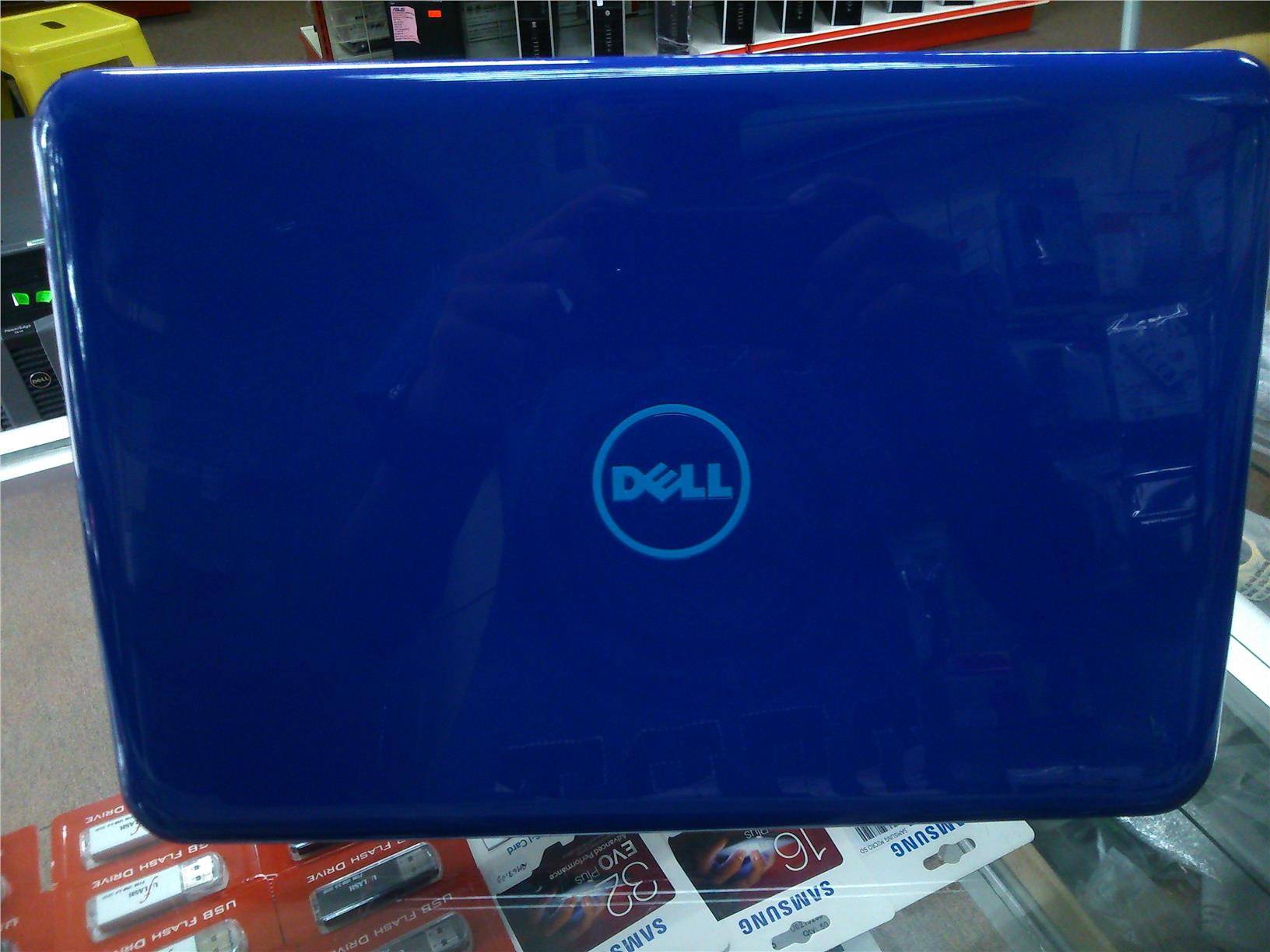 NEW !!! Dell Inspiron 11 3162-0525SG-W10 Notebook N3050 1.60-2.16Ghz