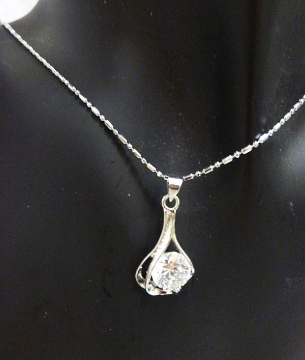 Diamante Charm Short Necklace (Free Shipping)