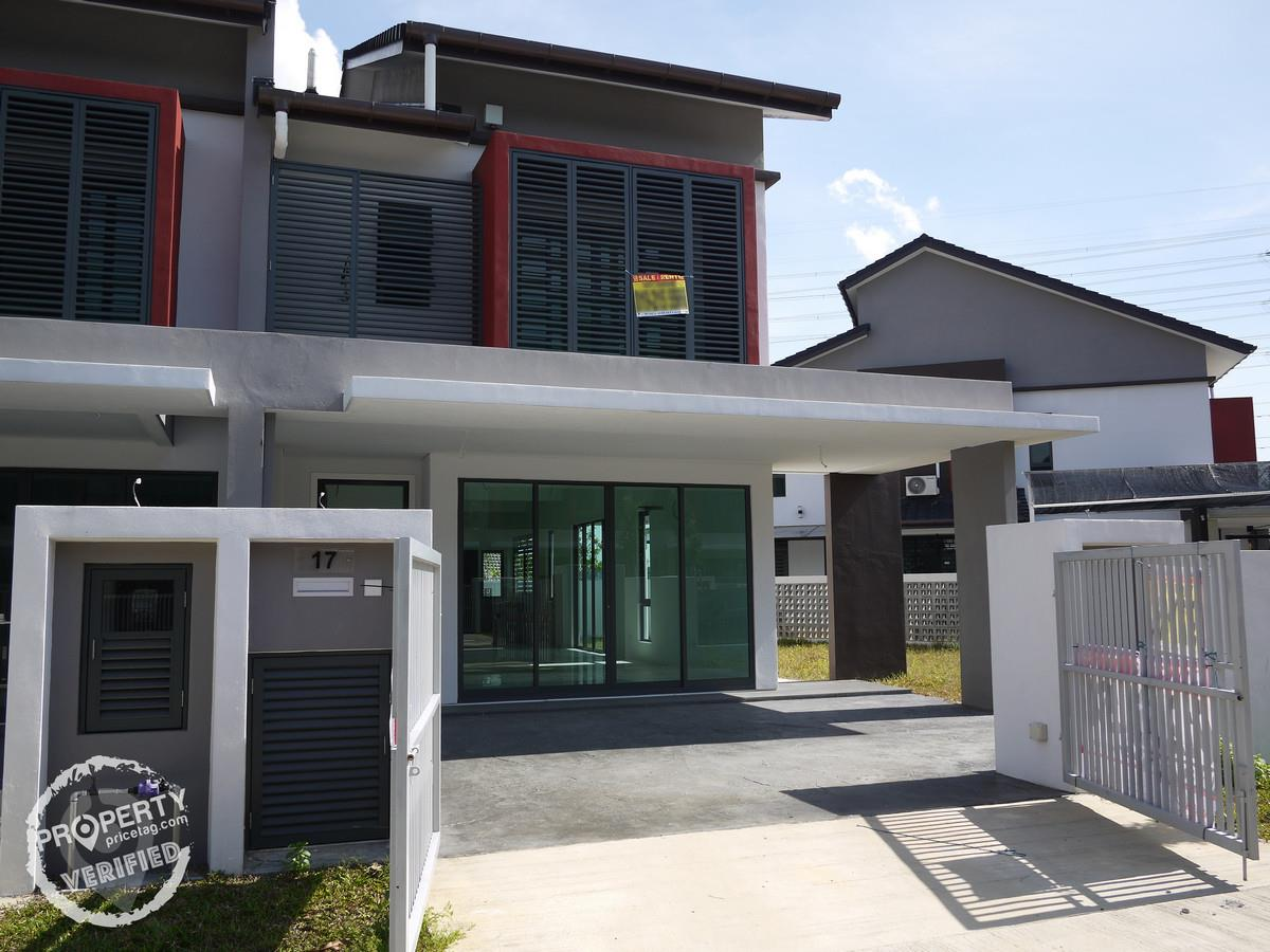Double-storey for Rent at Bandar Bukit Raja, Klang