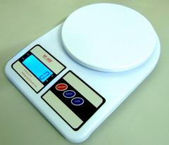 Electronic Kitchen Scale timbangan digital elektronik (Free Pos)