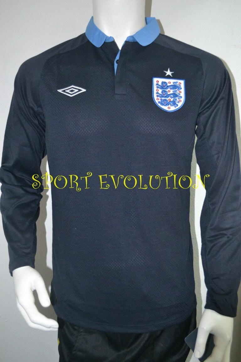 ENGLAND  AWAY 12/13 LONG SLEEVE  SIZE M -AAA