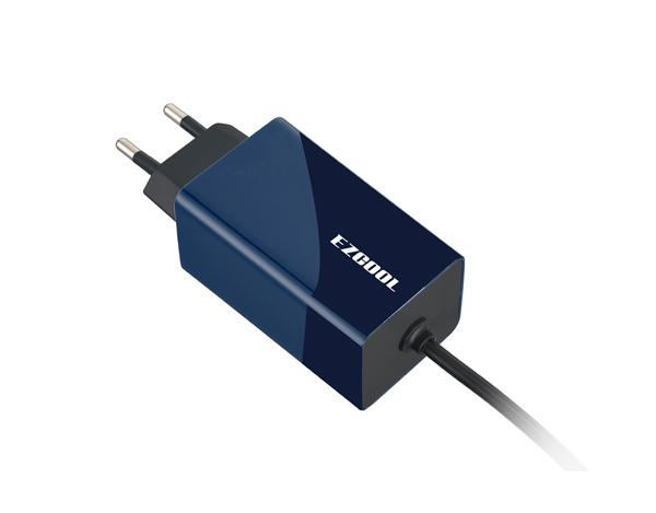 EZCOOL Notebook Power Adapter with USB Charger AD-390 Black