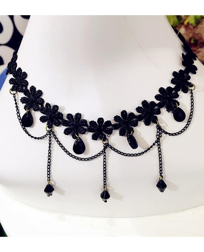 Fashion Crochet Waterdrop Clavicle Necklace