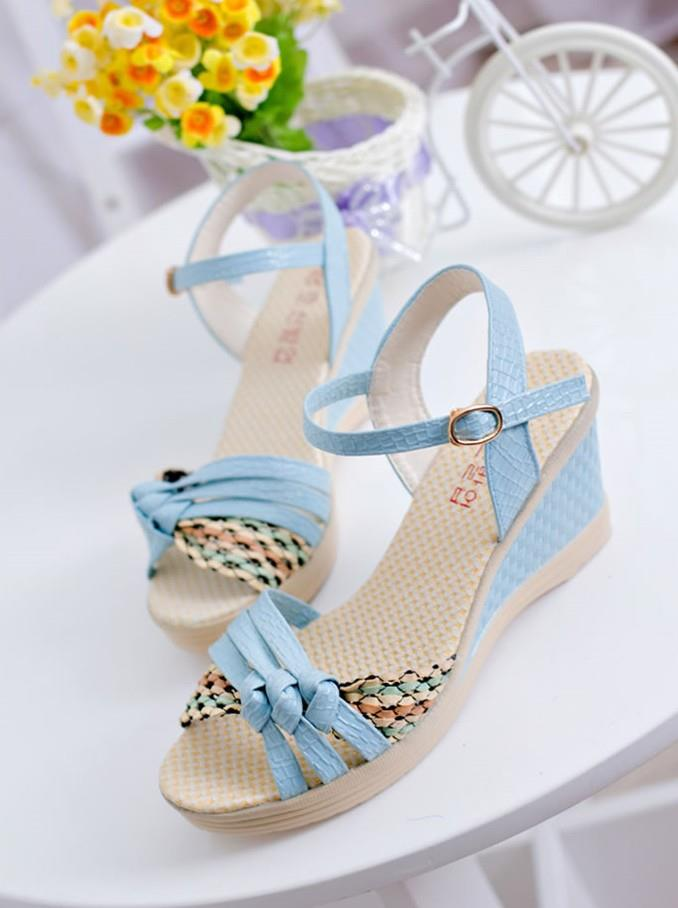 Fashion Cross Wedge Sandals (Blue)