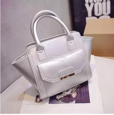 New Fashion Sliver Colour Moderm Hand Bag &lt&lt RM 39 &gt&gt