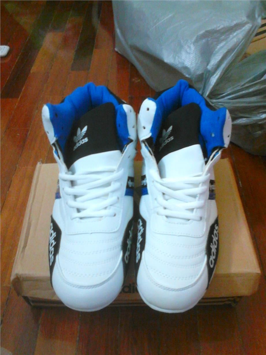 fashion sport shoes for men white - size 43 and 44