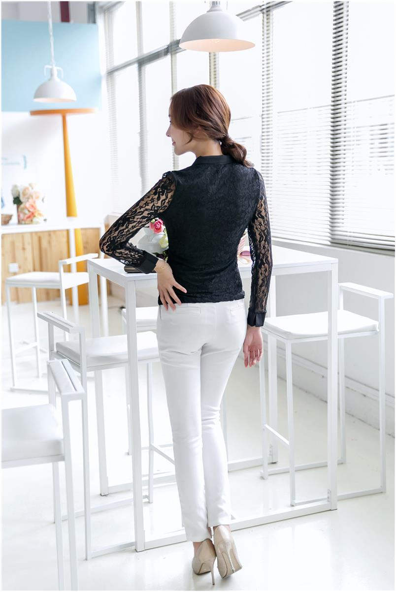 Fashionable Lacey Top Black