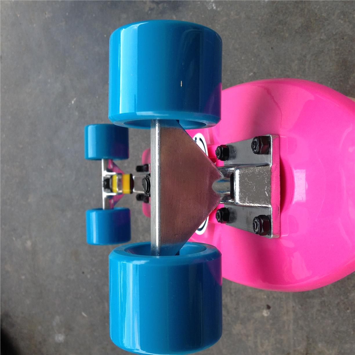 "Fish  22"" Penny Cruiser Skateboard (Pink/Blue)"