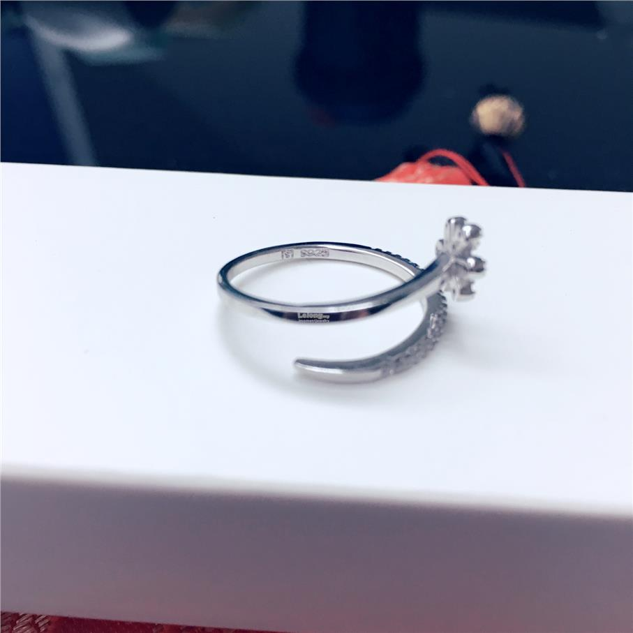 FLOWER Pure Silver Ring