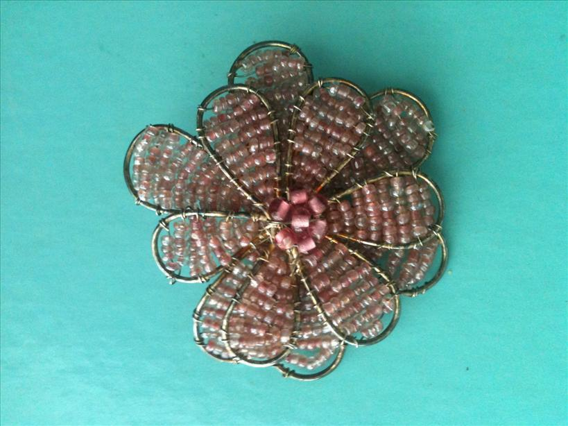Free Shipping-Silver Pink Bean Flower Brooch