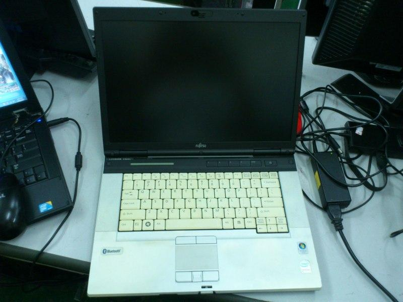 Fujitsu LifeBook E Series E8410 Notebook Spare Parts 010415