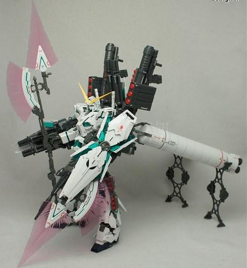GaoGao Gundam MG 1/100 Unicorn Full Suit FREE STAND