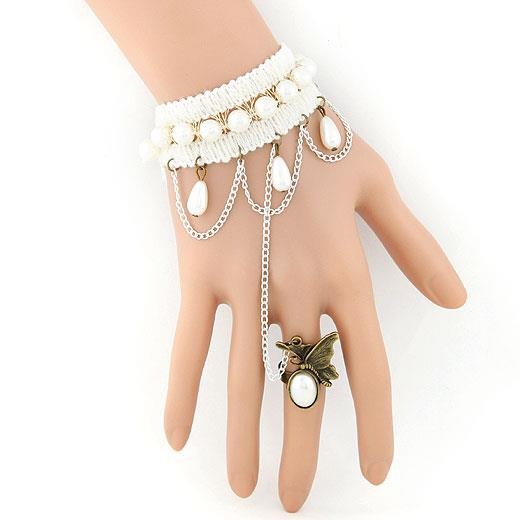 Gothic white pearl bracelet with butterfly ring (BLC125-001)